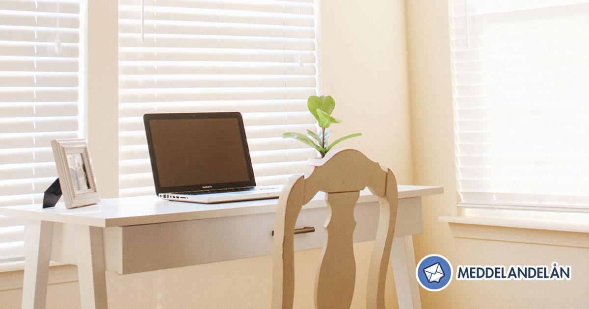 hemmakontor hörn bord dator social distansering